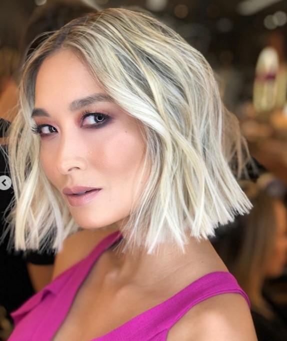 bayan orta boy saç kesimleri 2021