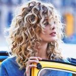 kıvırcık saçlı ünlü kadınlar 9
