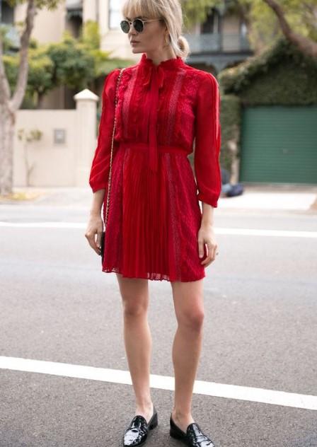 Mini Elbiseler Ile Yazlık Ayakkabı Kombinleri 2018 Trendler Ve Moda