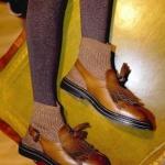çorap ile ayakkabılar nasıl giyilir