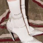 topuklu ayakkabı ile çorap nasıl giyilir