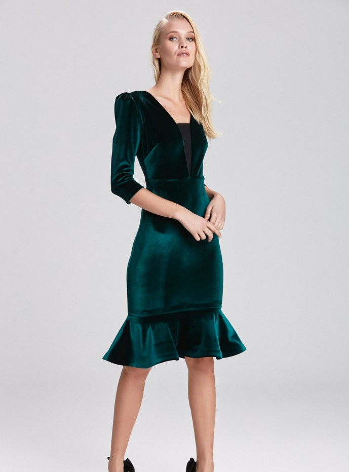 Volanlı kadife gece elbisesi fiyatı 279,90 TL