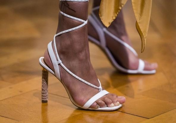 İlkbahar yaz sandalet modelleri 2019