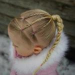 küçük kızlar için örgü saç modelleri