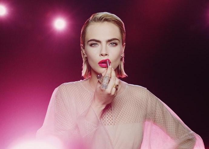 Dior ve Cara Delevingne yeni ruj Addict Stellar Shine