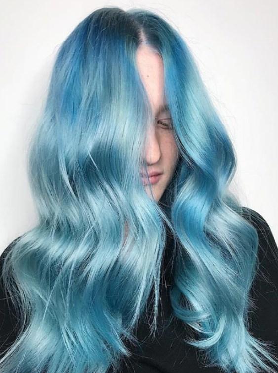 gümüş mavi saç rengi