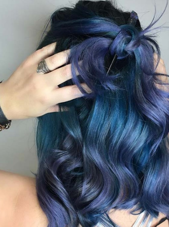koyu denim mavi saç rengi