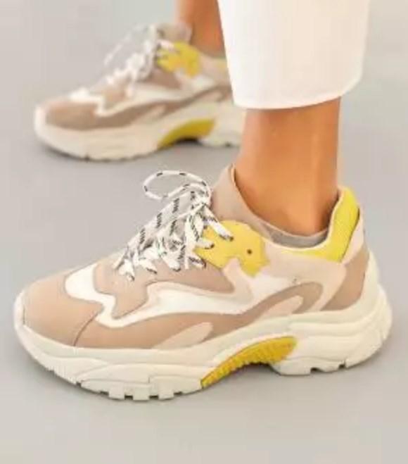 trend spor ayakkabılar 2019 2020