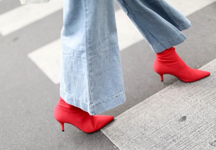 yavru topuk kırmızı çorap bot