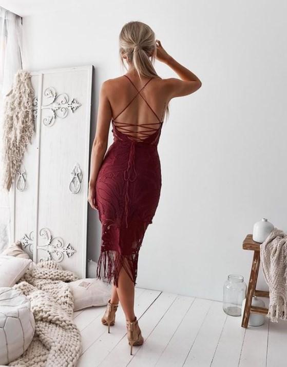 koyu kırmızı balo elbise modelleri 2019