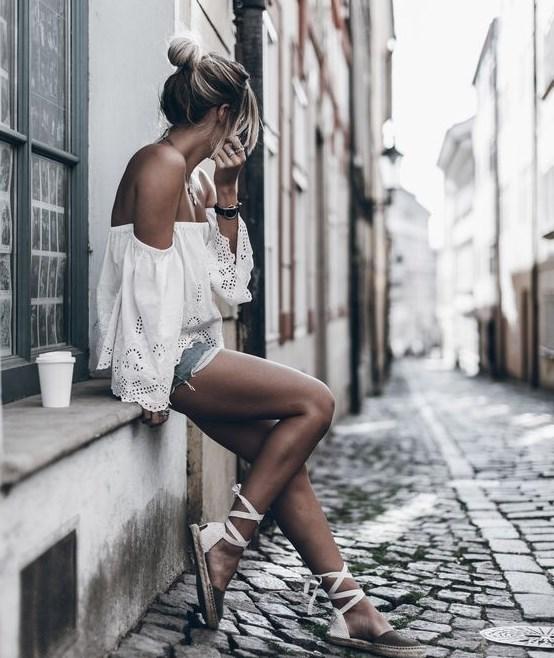 krinkıl omuz açık beyaz bluz modeli 2019