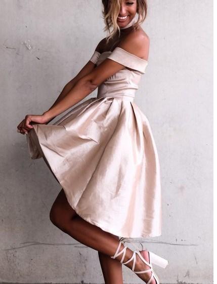 c2578ceadc711 Bir önceki yazımız olan Romantik yazlık Elbiseler 2019 / 2020 başlıklı  makalemizde beyaz elbiseler, boho elbise ve elbise modelleri hakkında  bilgiler ...