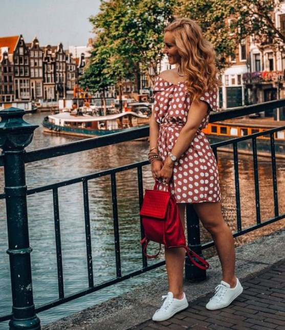 omuz açık puantiyeli yazlık elbise