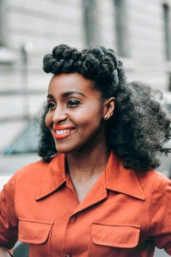 orta boy kıvırcık saç modelleri 2019