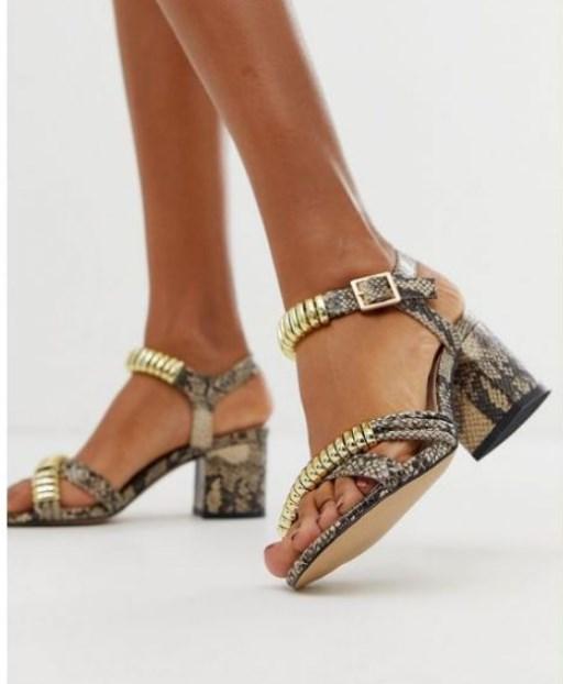 2019 yaz taşlı sandaletler