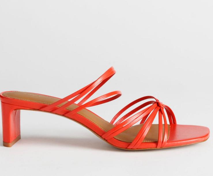 kare burun kırmızı sandalet modeli 2020