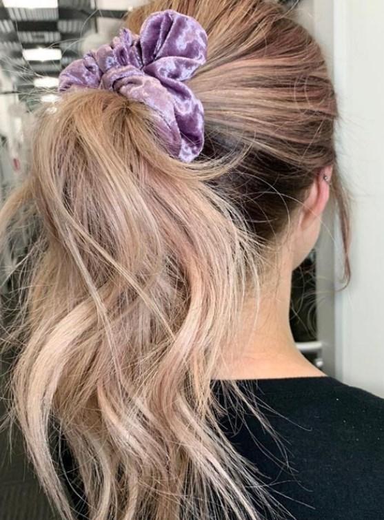 saç düzleştirici ile dalgalı saç modelleri nasıl yapılır