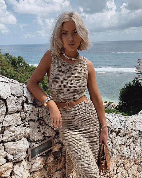 tığ işi kalem elbise modelleri 2019