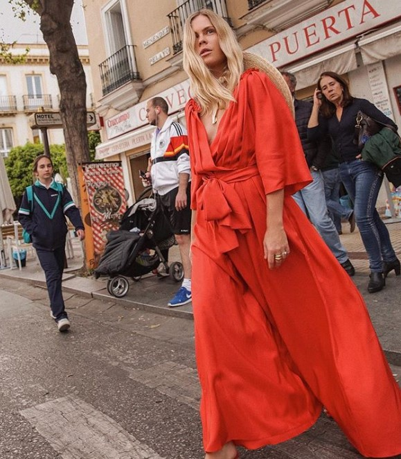 uzun kollu elbise modelleri 2019 2020