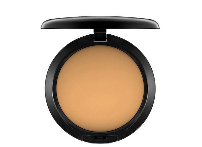 yağlı ciltler için MAC Cosmetics Studio Düzeltme Pudra ve Fondöten