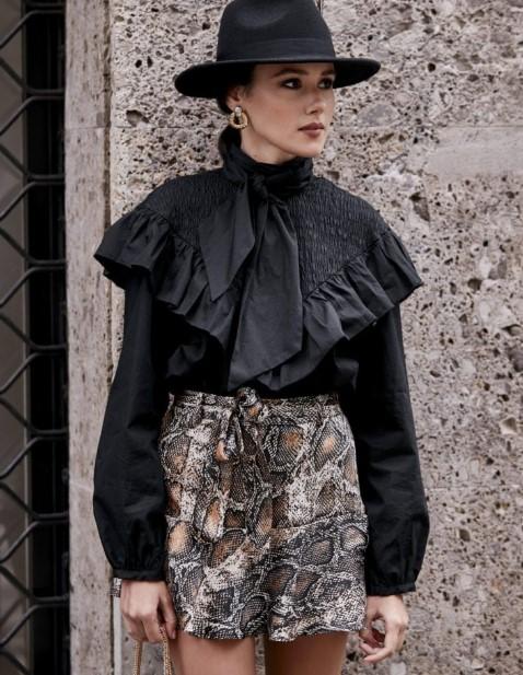 kadın sonbahar kış sokak modası stilleri 2020