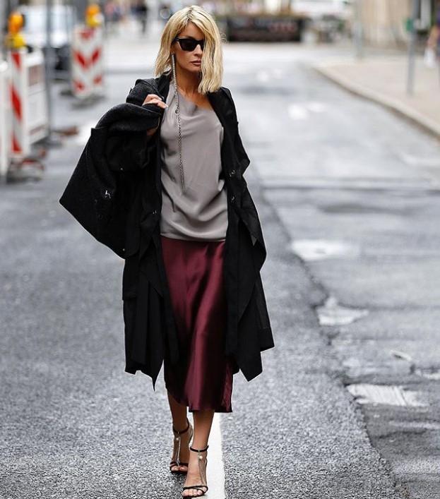 siyah uzun palto modelleri 2020