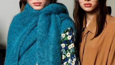 Photo of Trikoda 2019 2020 kış moda trendi: Kazaklar şimdi fularla geliyor