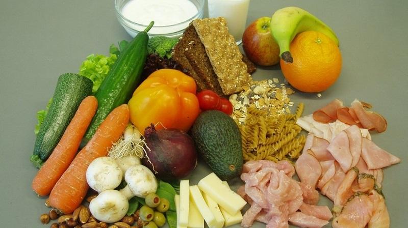 Formda Kalmak İçin Sağlıklı Sebze, Meyve ve Kuruyemişler