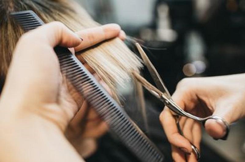 Saçlarınızı Ne Sıklıkla Kestirmelisiniz?